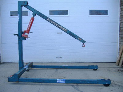 Where to find Towable Engine Hoist Rental in Redwood City